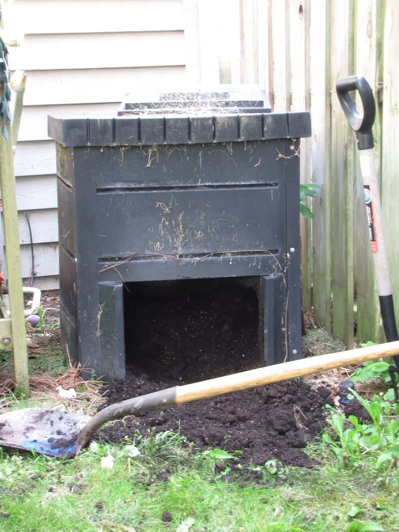 Working in compost 005